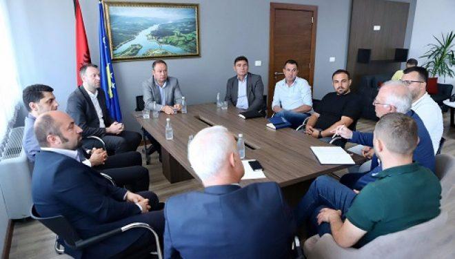 Ministri Abrashi tha se punimet në rrugën Herticë – Xehrore do të zhvillohen me dinamikën e paraparë