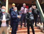 Protestë në KEK për kthimin në punë të Njazi Thaçit, organizatorët shoqërohen në polici