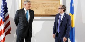 ShBA dhe Kosova nënshkruajnë marrëveshje financiare