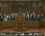 Kuvendi voton qeverinë e re të Kosovës të drejtuar nga Avdullah Hoti i LDK-së