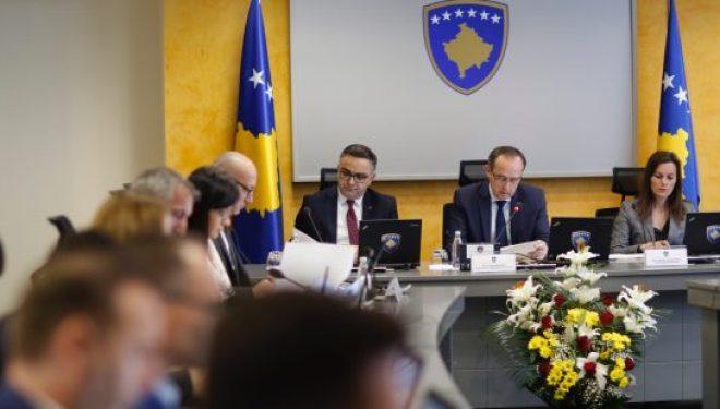 Qeveria Hoti ka planifikuar 400 milionë euro për rimëkëmbjen ekonomike