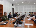 Ministri Quni raportoi para Komisionit Parlamentar për Çështje të Sigurisë dhe Mbrojtjes