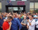 Balaj konfirmon: Telekomit i tërhiqen mjetet nga llogaria, 3.500 punëtorë pa paga