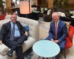 Hyseni takohet me diplomatin Reeker, thotë se mori përkrahje për dialogun
