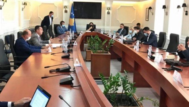 """Lista Serbe e quan """"politike"""" diskutimin për shitjen e IPKO-s"""