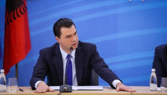 Basha: Ka bashkim të demokratëve dhe socialistëve, por kundër Ramës