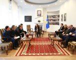 Ministrja Dumoshi ka thënë se nënkodet ua lehtësojnë punën institucioneve vartëse dhe ua rrisin performancën