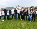 Thaçi te familjet e Ymer dhe Skënder Alushanit: Lavdi e përjetshme gjakut të të rënëve