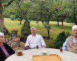 Thaçi çajin e pasdites me prindërit në Burojë