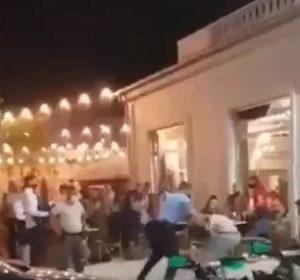 Dy policë rrehen keq me dy qytetarë në mes të Ferizajt, pamje të rënda