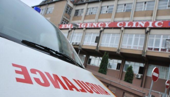 Vdes një femër në QKUK, javë më parë ishte aksidentuar