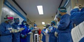 Një robot që u jep kurajo të sëmurëve me COVID-19