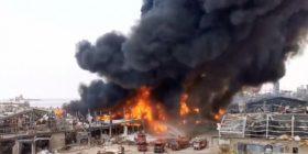 Zjarr i madh në portin e Bejrutit