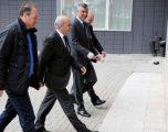 Mustafa: Kryeministrin e udhëzon Kushtetuta, jo liderët e tri partive