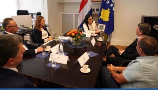Haradinaj-Stublla me bashkatdhetarët në Holandë: Bashkë ta fuqizojmë Kosovën
