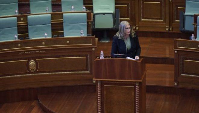 Deputetja e AAK-së-Vjosa Osmanit: Nuk është vetëm Vetëvendosja në sallë