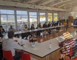 Kurti diskuton me mjekët dhe stafin shëndetësor shqiptar nga Zvicra
