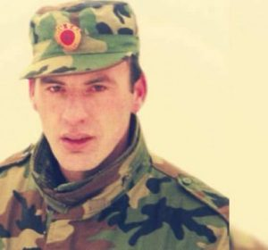 Limaj rrëfën: 50 ushtarët e mi më të mirë i kam çu në Sllatinë me prit Rugovën në vitin 1999