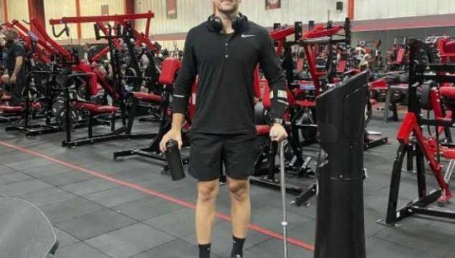 Mjekët i thanë se s'do të mund të ecte, sot është trajner i fitnesit