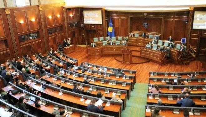 Përfundon seanca, s'ka vendimmarrje për rezolutën e VV për hidrocentrale dhe projektligjin për letërnjoftim
