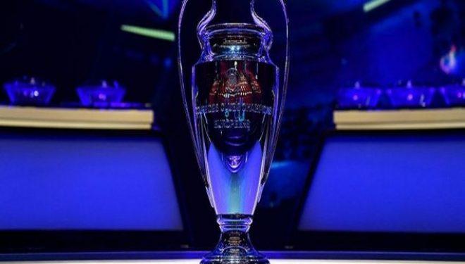 Reali vazhdon tutje, Interi në shtëpi