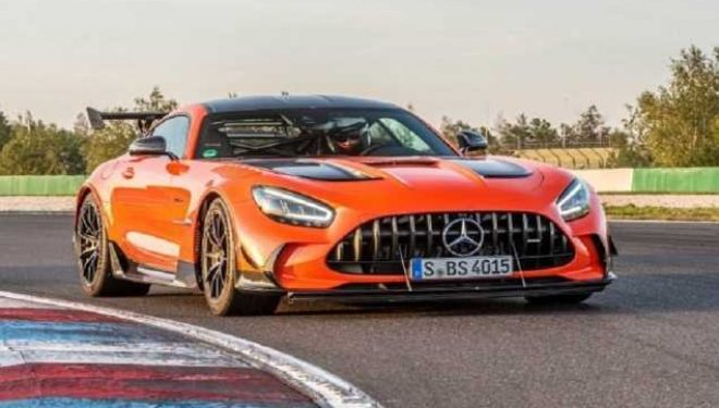 Mercedes-AMG GT thyen rekordin e shtegut Nurburgring