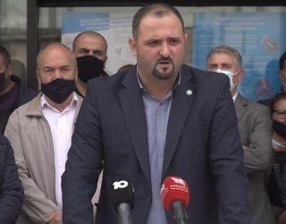 Punëtorët e Telekomit ultimatum qeverisë: Keni 72 orë për të zgjidhur çështjen e xhirollogarive
