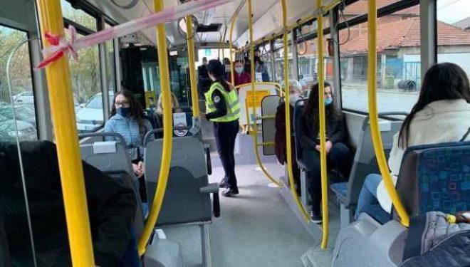 Nuk respektuan masat e reja, Policia gjobitë 1100 qytetarë