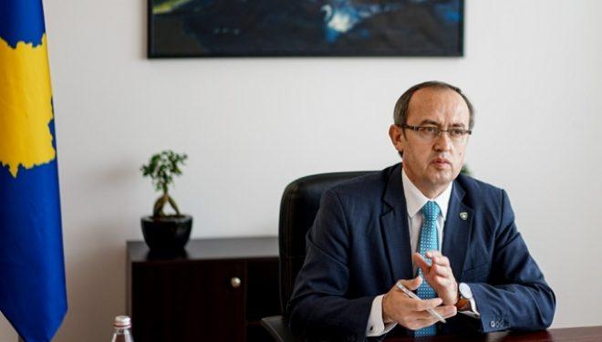 Hoti: S'ka marrëveshje mes Kosovës dhe Serbisë për vizitat e zyrtarëve serbë në Kosovë