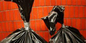 Gjejnë 'mbeturina' në garazh dhe pothuajse i hodhën tutje: Në fund, fituan gjysmë milion euro