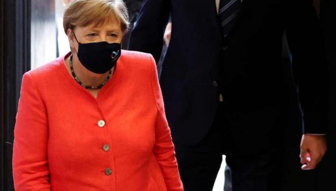 Mesazhi i Merkelit për Serbinë: S'ka anëtarësim në BE pa e zgjidhur çështjen me Kosovën