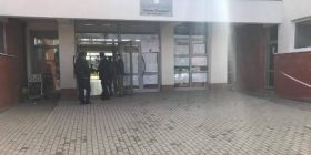 Mbyllen vendvotimet në Podujevë