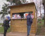 Shtëpi mobile për shitësin e librave në Gjilan (VIDEO)