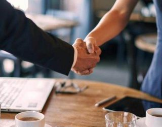 Kur takoheni për të parën herë me një klient