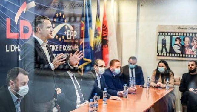 Gashi: Kurti t'i lejohet të kandidojë për deputet: Ne duam ta mundim në proces zgjedhor