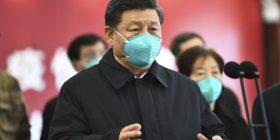 Propaganda kineze: Njerëzit po vdesin nga vaksina e Pfizer-it, Covid-19 erdhi nga ushtria amerikane