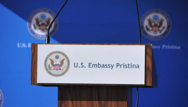 Ambasada amerikane: SHBA-ja qëndron krah Kosovës, mezi presim të punojmë me Qeverinë e re