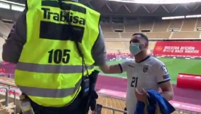 Policia spanjolle u kërkon Dardanëve ta largojnë flamurin e Kosovës – këta refuzojnë (VIDEO)