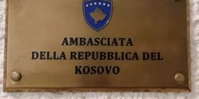 Ambasada e Kosovës në Itali del me njoftim të rëndësishëm: Udhëtimet në këtë vend të bëhen vetëm për raste urgjente