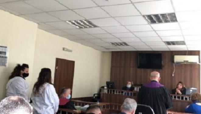 Nënë e bijë mohojnë se e kanë kryer bashkë vrasjen që ndodhi në vitin 2018 në Malishevë
