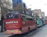 Qindra autobusë parakalojnë në Prishtinë, shkak mossubvencionimi nga Qeveria