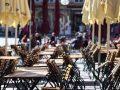 Të hënën hapen gastronomia dhe qendrat tregtare, masat tjera po rishikohen