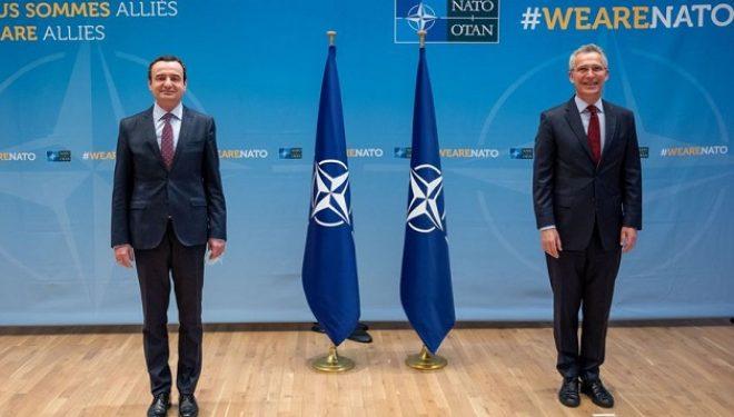 Amerikanët korrigjojnë gabimin e sekretarit të NATO-s, i referohen Kurtit si kryeministër