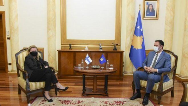 Kryekuvendari Konjufca priti në takim ambasadoren e Finlandës në Kosovë, Pija Stjernvall