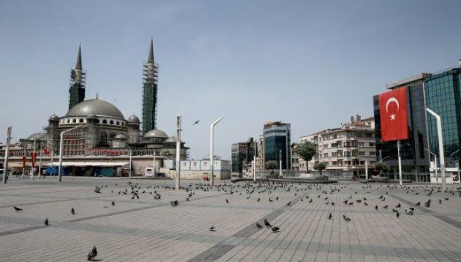 Turqia vendos orë policore 82-orëshe