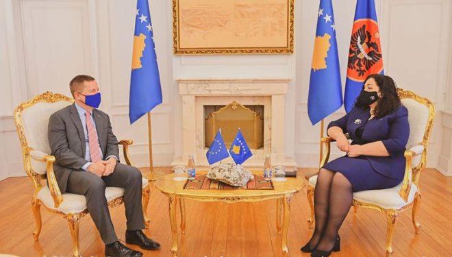 Presidentja Osmani priti në takim Shefin e Zyrës së BE-së, Tomas Szunyog