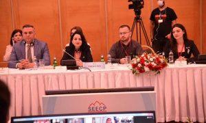 Deputetja e VV-së përshkruan situatën në Samitin në Turqi: Serbia pati fjalë fyese, shtetet e rajonit nuk i duartrokitën