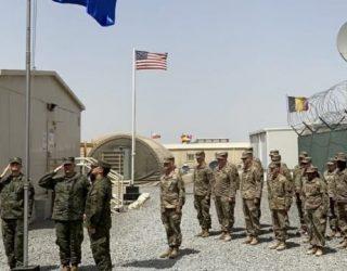 Flamuri i Kosovës ngritet për herë të parë në mision paqësor të FSK-së në Kuvajt