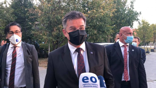 Lajçak: Nuk kam biseduar me Kurtin për hapjen e arkivave të Kosovës