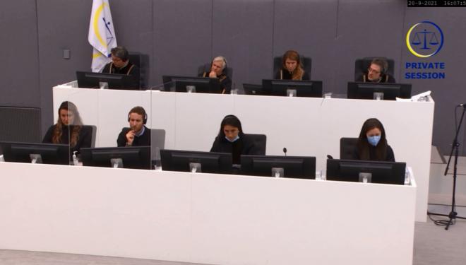 Salih Mustafa e lëshon sërish seancën, nuk kthehet pas pushimit të drekës